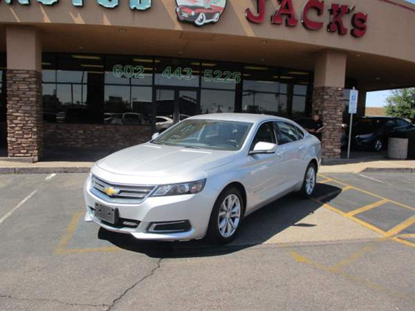Pre-Owned 2017 CHEVROLET IMPALA 4DS